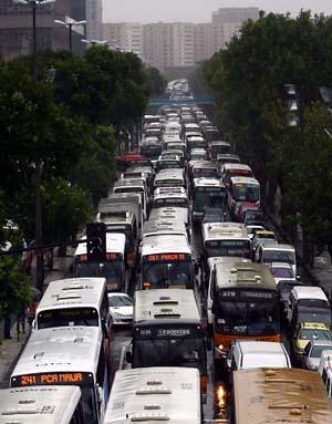 Engarrafamento na avenida Presidente Vargas