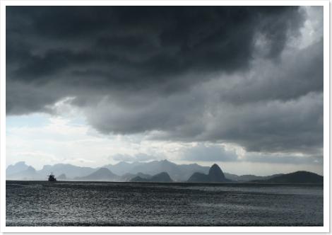 Tempestade no Rio vista de Camboinhas